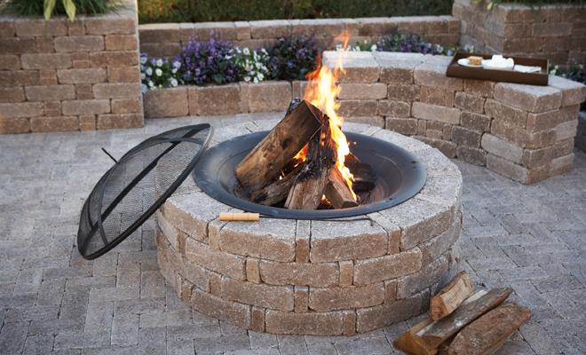pavestone-firepit